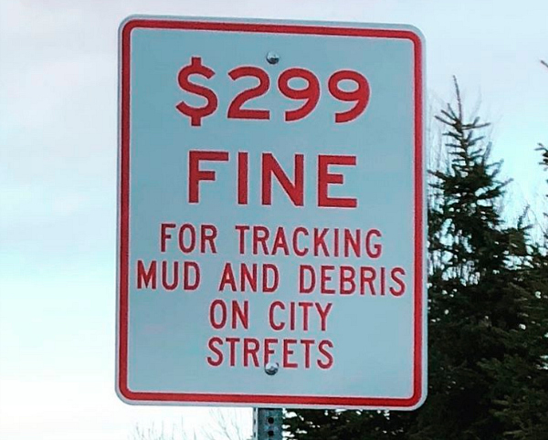 funny signs mud